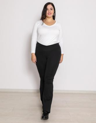 Plus size καμπάνα παντελόνι με κρουαζέ μπάσκα σε ελαστικό ζέρσεϊ ύφασμα.