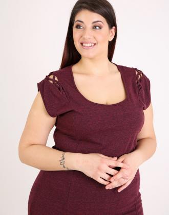 Μπλούζα για μεγάλα μεγέθη σε ζέρσεϊ.Το μοντέλο φοράει  XLΎψος μοντέλου  170  cm e454397efaf