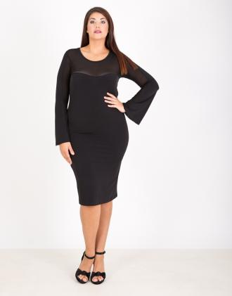 652b3679b6d9 Εφαρμοστό φόρεμα για μεγάλα μεγέθη με καμπάνα μανίκια και δίχτυ.Το μοντέλο  φοράει  XLΎψος