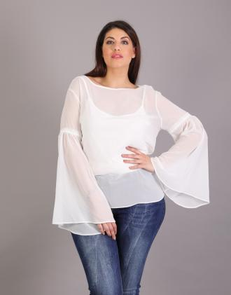 87f2957c721b Σιφόν μπλούζα για μεγάλα μεγέθη με καμπάνα μανίκια και ζέρσεϊ εσωτερκό.Το  μοντέλο φοράει