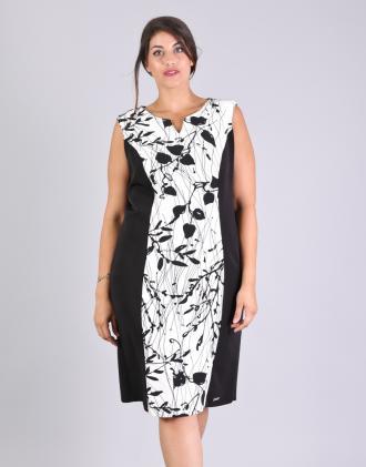 Εφαρμοστό υφαντό φόρεμα για μεγάλα μεγέθη με φλοράλ τύπωμα.Το μοντέλο  φοράει  XLΎψος μοντέλου 848ef84092b