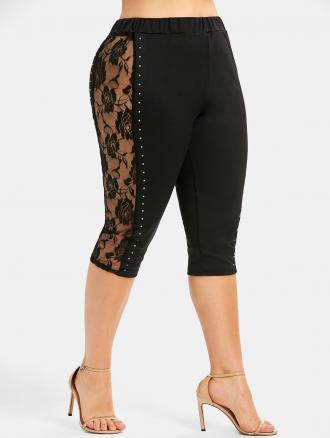 Plus Size Beaded Lace Panel Capri Leggings