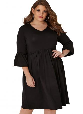 75c2c6740ec5 Φόρεμα μαύρο basic midi με V λαιμόκοψη και μανίκια 3 4 με ελαφριά καμπάνα.